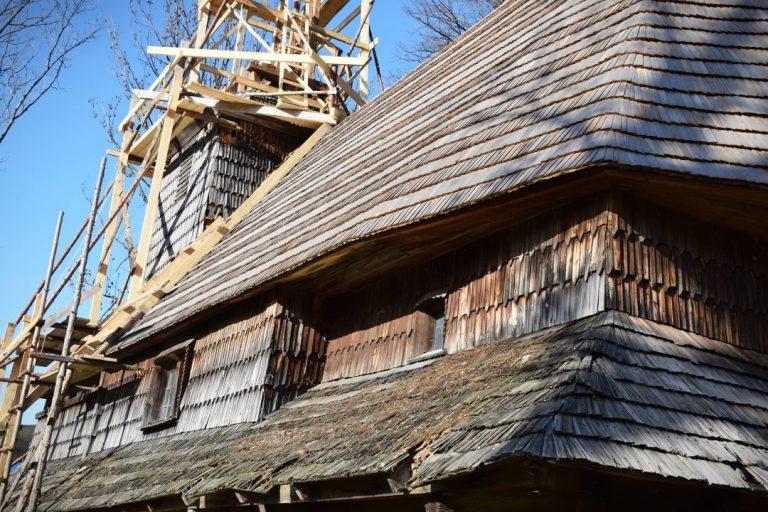 На Закарпатті реставрують 250-річну дерев'яну церкву без жодного цвяха