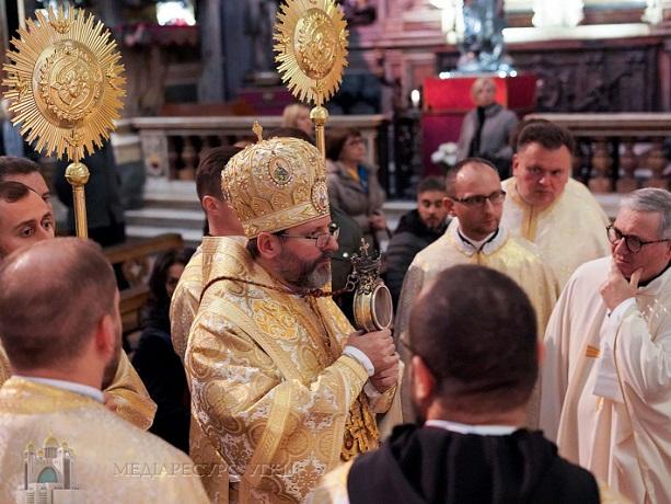 «Неаполітанське чудо» повторилося в руках глави УГКЦ: кров святого Януарія розрідла