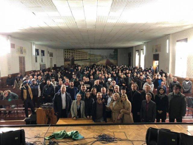 Нік Вуйчич виступив перед 4000 одеситів та 400 ув'язнених Житомирської виправної колонії