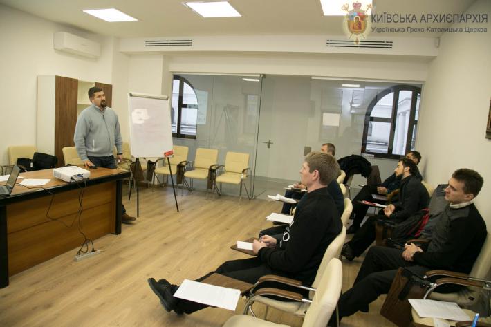 Для священиків УГКЦ провели тренінг «Як говорити, щоб нас слухали»