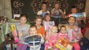 До свята Миколая греко-католики з Франції організували збір подарунків для дітей-сиріт в Україні