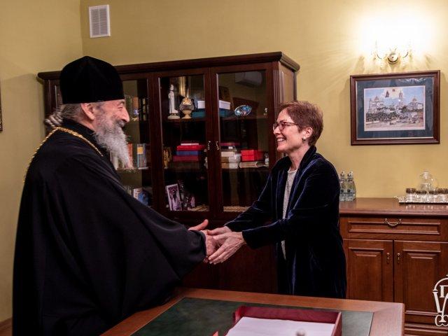 Митрополит Онуфрій обговорив з послом США церковно-державні відносини