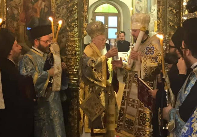 Україна святкує Різдво Христове з томосом про автокефалію