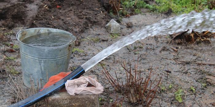 Волонтери-адвентисти відновили водозабір зі свердловини в селі на Донеччині