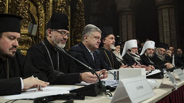 Порошенко нагородив орденами двох колишніх митрополитів УПЦ (МП) та одного з УАПЦ