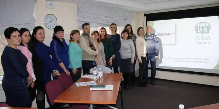 Адвентисти проводять тренінги для медперсоналу десяти лікарень Донеччини і ремонтують місцеву школу