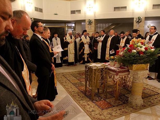 У столиці відбувся міжконфесійний молебень за участю ієрархів греко- і римо-католиків, православних, протестантів