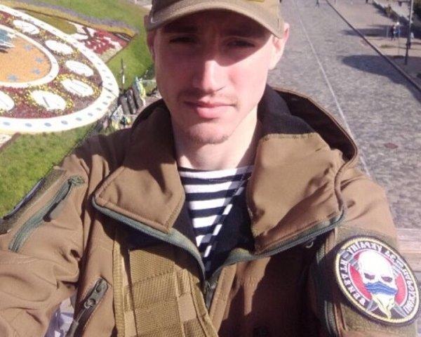 Почаєвський семінарист-іподиякон став шахраєм у військовій формі