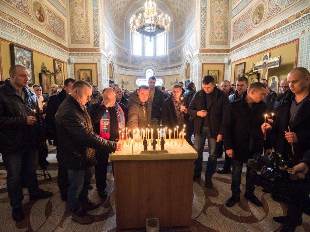 В Севастополе благочинный УПЦ (МП) во время панихиды по «беркутовцам» назвал украинские власти «людьми, пришедшими из тьмы»