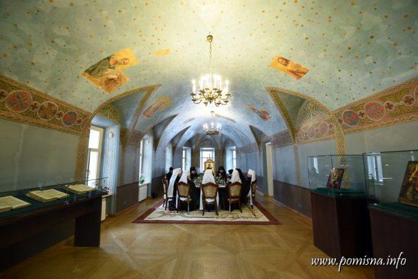 Синод Православної Церкви України викликав сплеск критики і зауважень