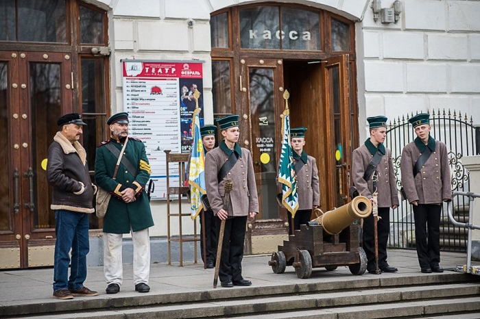 Севастопольський благочинний УПЦ (МП) закликав «передавати нащадкам пам
