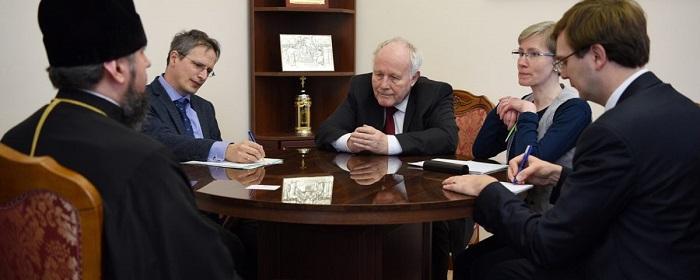 Митрополит Епіфаній зустрівся зі спеціальним посланником з питань реформ в Україні