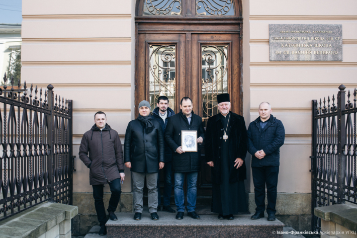 Греко-католики переймають досвід Німеччини з управління будівельними проектами і знайомлять мера Івано-Франківська з новобудовою католицької гімназії
