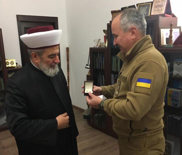 Верховный муфтий Украины и глава СБУ высоко оценили работу друг друга