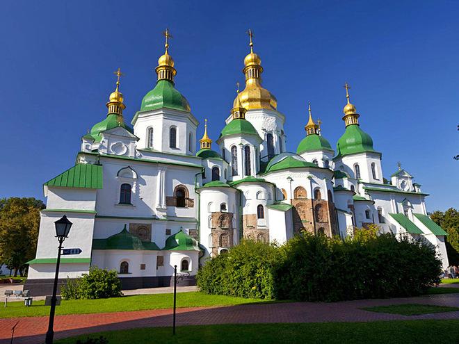 """УГКЦ у конфлікті з ПЦУ за Софійський собор наголошує, що собор є """"свідком єдності Київської Церкви"""""""