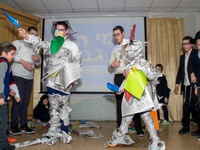 Иудейское училище в Днепре проводит «Чемпионат по смеху»