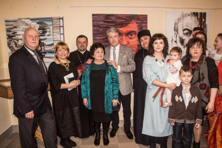 Єпископ УГКЦ та екс-президент України взяли участь у вшануванні композитора Володимира Івасюка