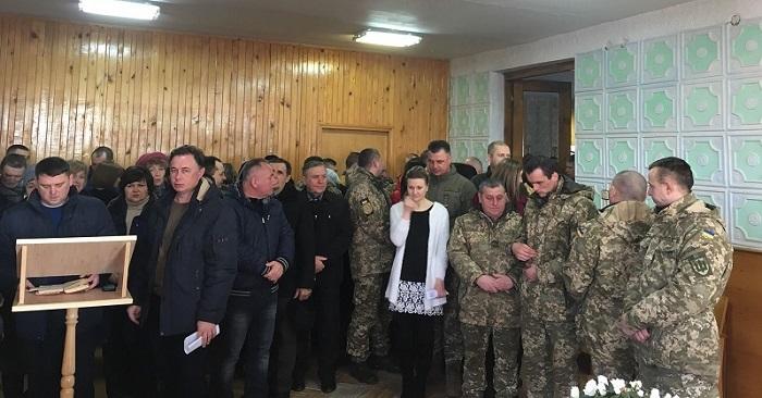 Духовенство ПЦУ взяло участь у присязі поліції Житомирської області, а на Тернопільщині освятило військовий храм