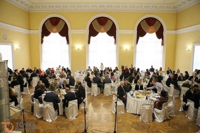 У Кропивницькому організували перший молитовний сніданок