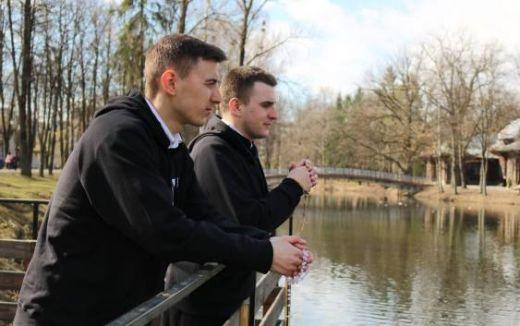 Франківські семінаристи-блогери УГКЦ розповідають молоді про актуальні питання віри