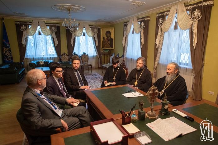 Глава УПЦ (МП) — Місії ОБСЄ: віруючі мають симпатії до різних політичних сил
