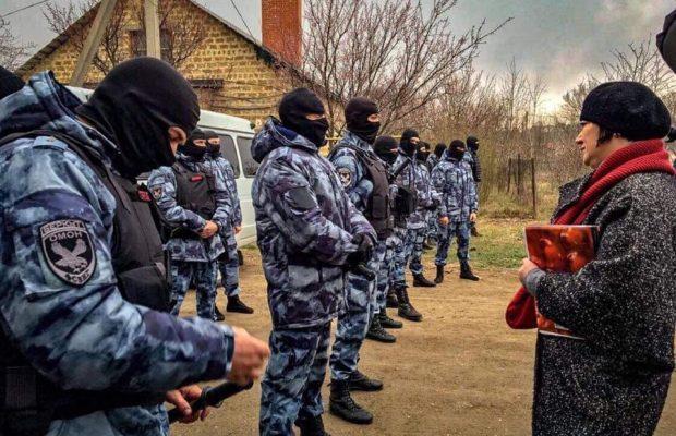 В Криму силовики прийшли з обшуками в мечеть та будинок імама