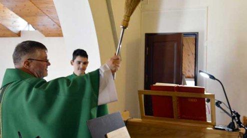 Римо-католики освятили електроорган у Кривому Розі