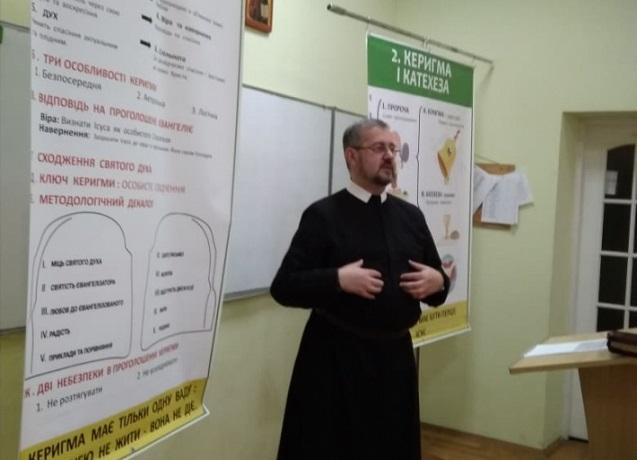 Духовенство УГКЦ навчають методам нової євангелізації