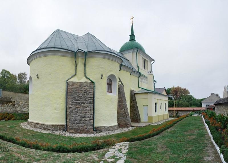 У Кам'янці-Подільському відреставрують церкву 16 ст.