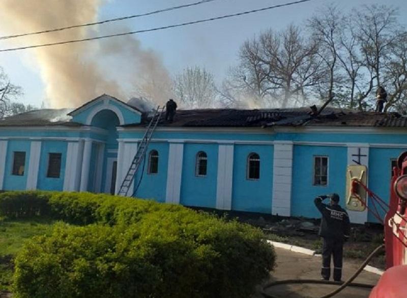 """В УПЦ (МП) оголошують про """"підпали храмів"""", не чекаючи результатів розслідування"""