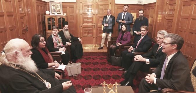 Посол США и предстоятель Элладской Церкви обсудили «украинский вопрос»