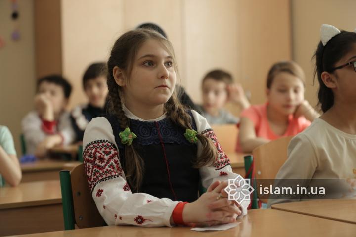 Гімназія при Ісламському культурному центрі Києва провела конкурс читців української поезії