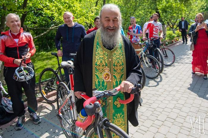 Мусульмани і православні здійснили велопробіги у Кремнечуку та з Києва до Почаєва