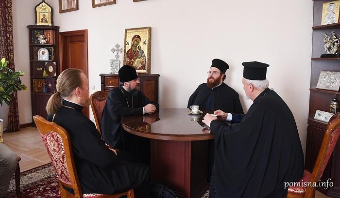Представники Вселенського Патріархату обговорили з Філаретом і Епіфанієм ситуацію в ПЦУ