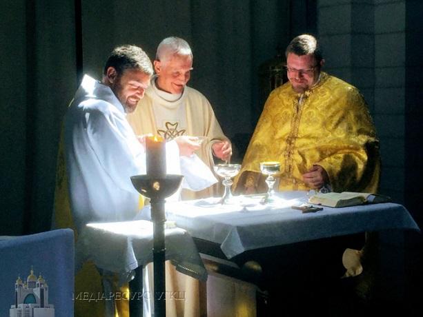 У Ліллі започаткували спільну французько-українську молитву до Богородиці