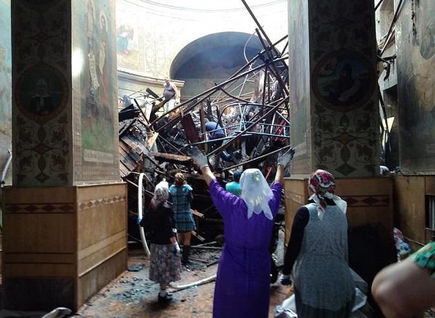 Під Києвом блискавка спалила церкву УПЦ (МП)