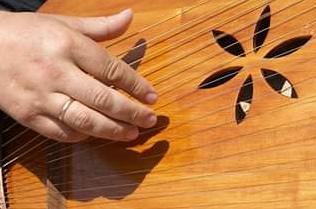 """У Михайлівському Золотоверхому монастирі освятять музичні інструменти фестивалю """"Кобзарська Трійця"""""""