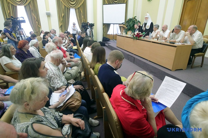 На форумі «За Київський Патріархат!» назвали загрозу для ПЦУ: до неї може перейти більшість громад УПЦ (МП), які влаштують революцію