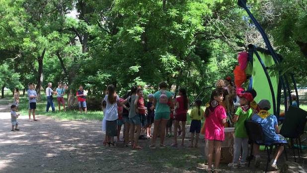 Адвентисти Миколаєва проводять для дітей богослужіння просто неба