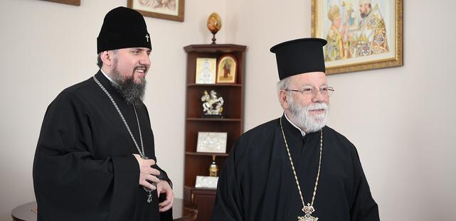 Митрополит Епіфаній обговорив з ієрархом Константинопольського Патріархату процес визнання автокефалії ПЦУ