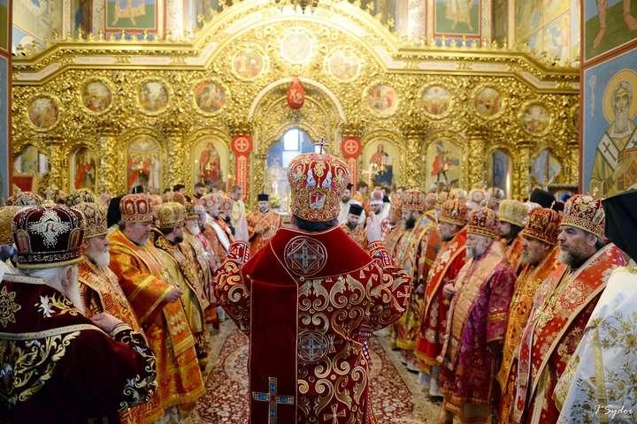 Митрополит Епіфаній вибачився перед сербами за служіння з кліриком невизнаної Чорногорської Церкви