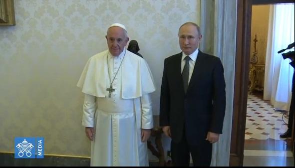 Папа Франциск обговорив з Путіним ситуацію в Україні напередодні візиту керівництва УГКЦ в Рим