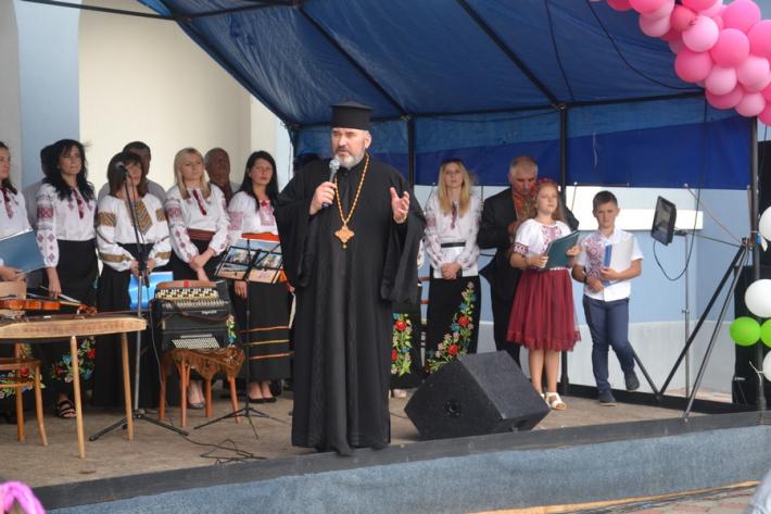 Греко-католики провели фестиваль на підтримку онкохворих дітей