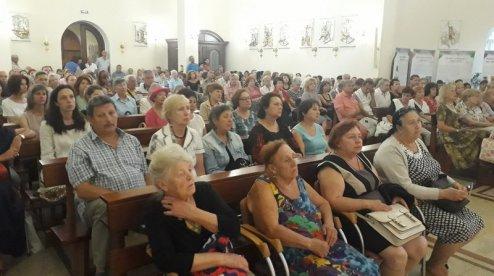Під керівництвом головного диригента Харківського театру опери в католицькому храмі відбувся концерт духовної музики