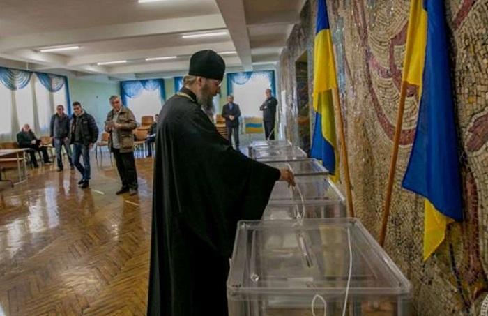Церковнослужителі напередодні виборів долучилися до агітації за кандидатів у депутати