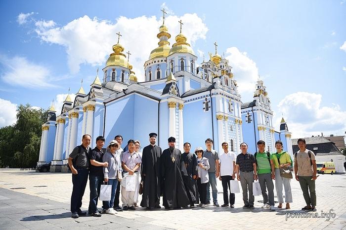 Митрополит Епіфаній зустрівся з паломниками з Корейської митрополії Вселенського Патріархату