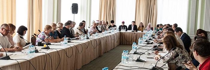 Релігійні та громадські діячі України виробили рекомендації для звільнення українців, незаконно позбавлених волі в Росії, окупованих Криму та Донбасі