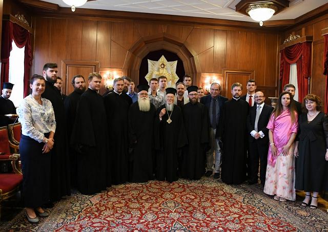 Нова епоха в історії України: повернення духовенства і мирян в освітній простір вселенської Церкви