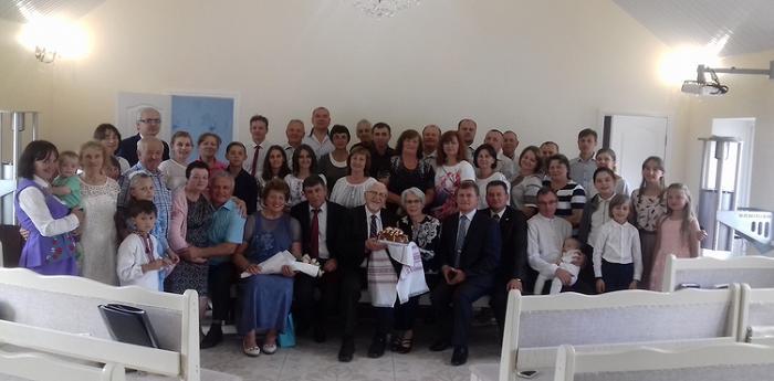 Київщину відвідав канадець, який профінансував збудування 33 церков адвентистів