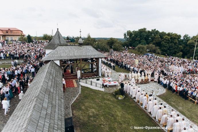 Всеукраїнська патріарша проща УГКЦ присвячена 30-річчю виходу греко-католиків з радянського підпілля